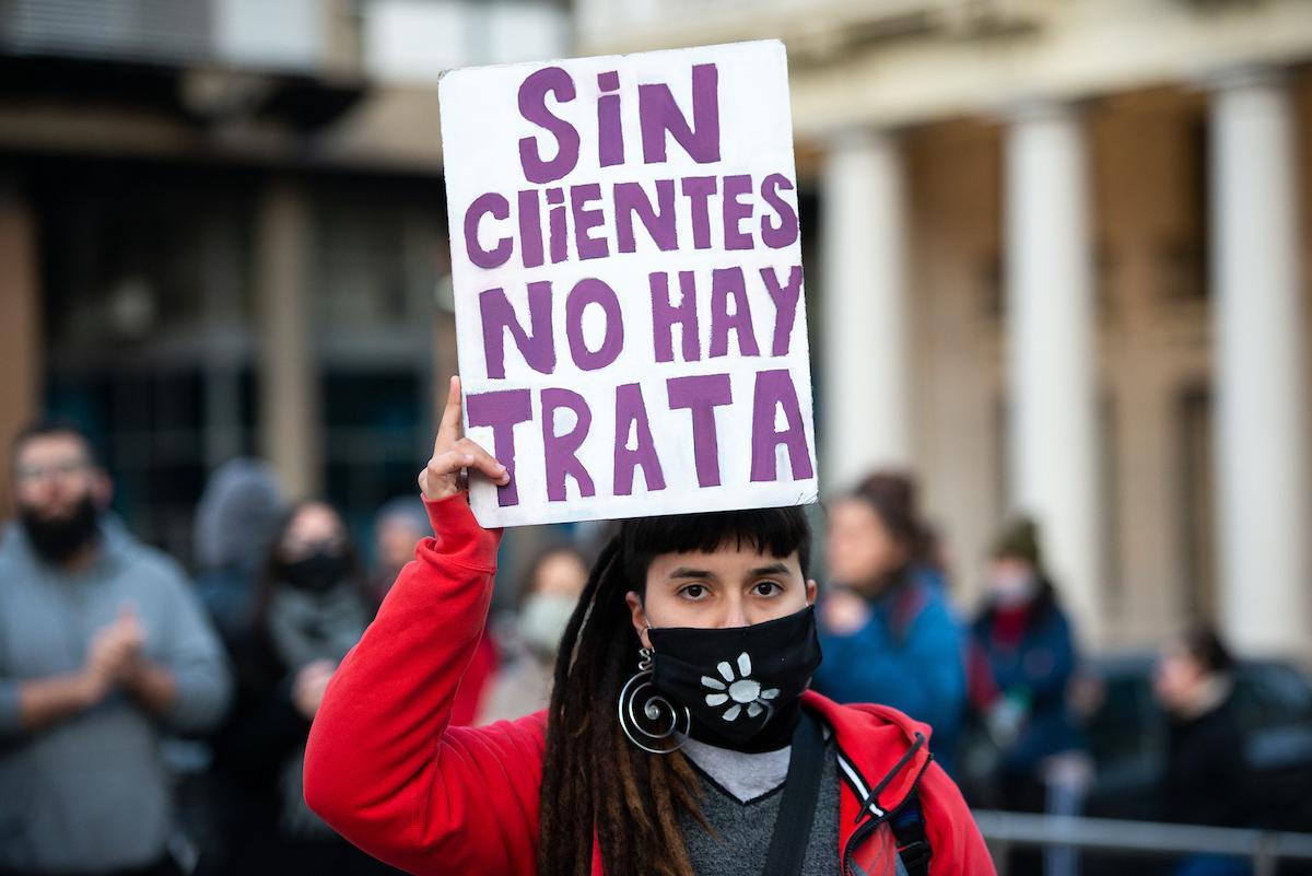 imagen de Estados Unidos vuelve a advertir a Uruguay que no cumple con estándares mínimos para combatir la trata de personas
