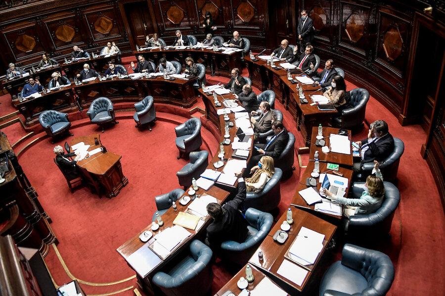imagen de El Parlamento lleva casi una década sin analizar las denuncias de irregularidades hechas por el Tribunal de Cuentas