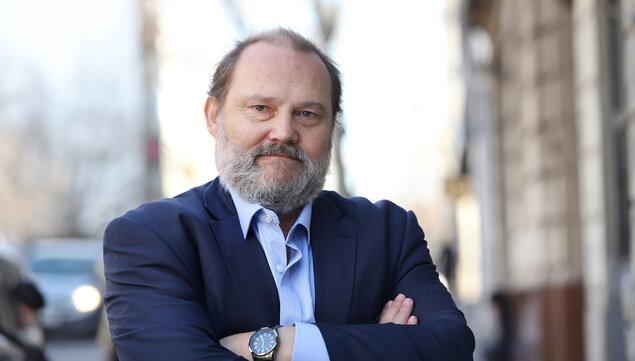 """imagen de Críticas de Manini Ríos a los jueces en el Senado implican un """"riesgo institucional evidente"""", dice el presidente del gremio"""
