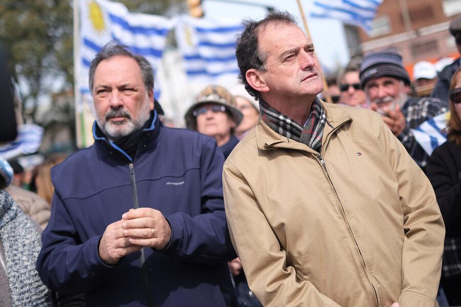 imagen de El pasado reciente en el presente: Manini Ríos busca reafirmar la ley de caducidad y Gandini pide desclasificar el caso Michelini-Gutiérrez Ruiz
