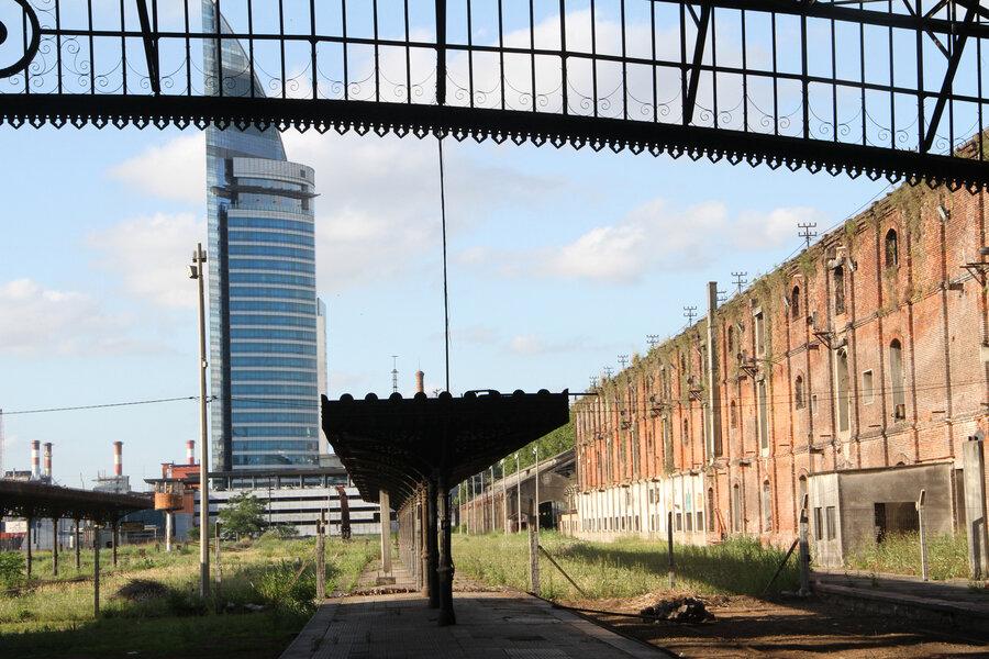 """imagen de El gobierno piensa en una terminal """"multimodal"""" de pasajeros en la Estación Central, con viviendas y un centro comercial"""