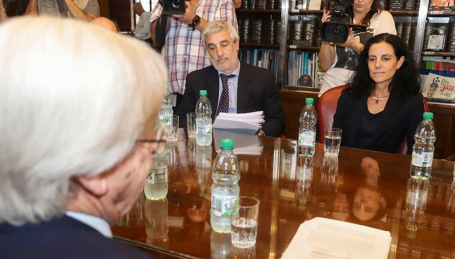"""imagen de Arbeleche: """"Es una falta de responsabilidad cómo el exministro Astori y su equipo dejaron la economía del país"""""""