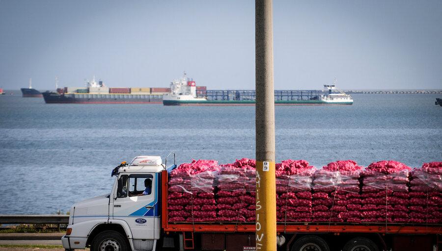 imagen de Representante de transportistas de carga por carretera critica a Heber por no escucharlos y tomar decisiones con desconocimiento