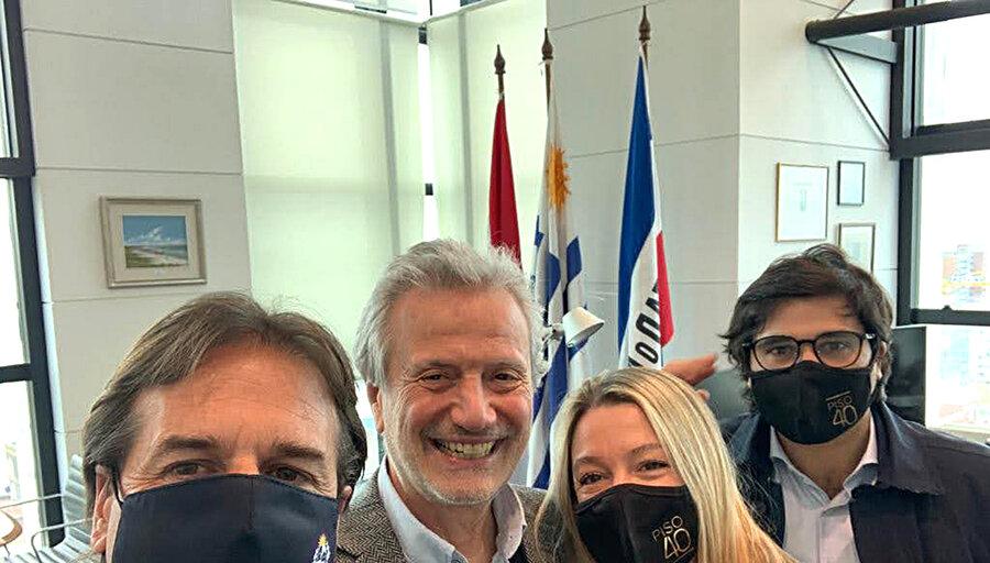 imagen de El club de ejecutivos Piso 40 sumó al presidente Lacalle Pou como socio honorario, lo que no pudo con Vázquez y Mujica