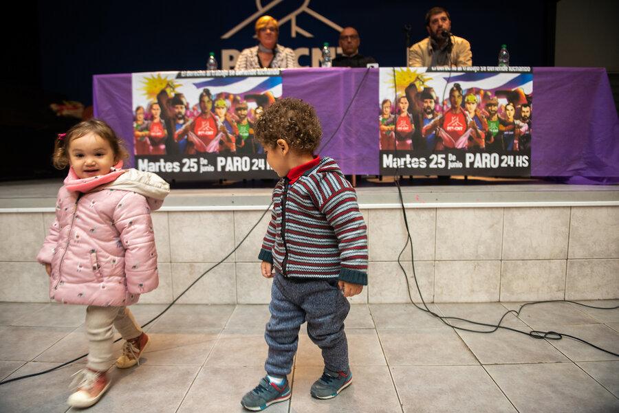 """imagen de La Secretaría de Derechos Humanos del PIT-CNT inició un proyecto para """"cultivar la memoria"""" en la primera infancia"""