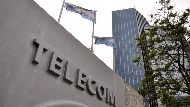 imagen de Grupo Clarín-Telecom interesado en aumentar sus negocios en Uruguay y explora comprar Movistar