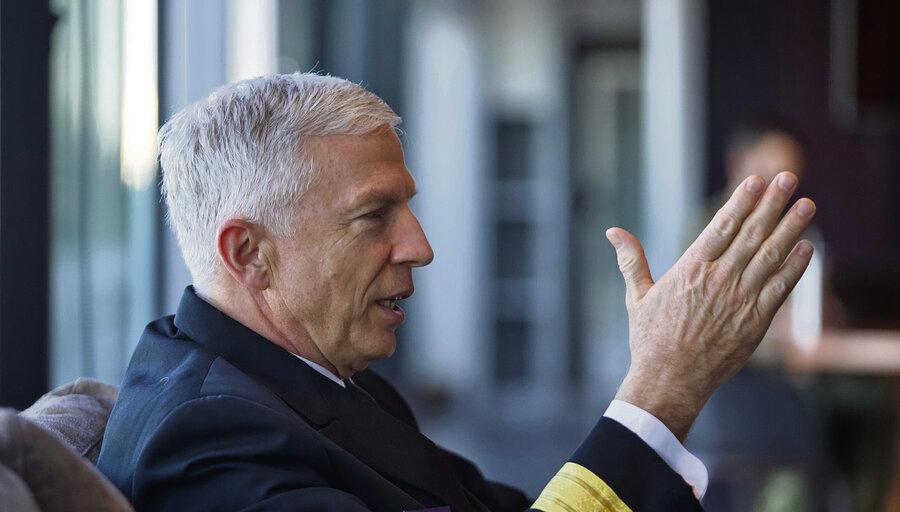 """imagen de EE.UU. busca llevar su relación militar con Uruguay """"a un mejor nivel"""" y colaborar en el combate al narco y al crimen transnacional"""