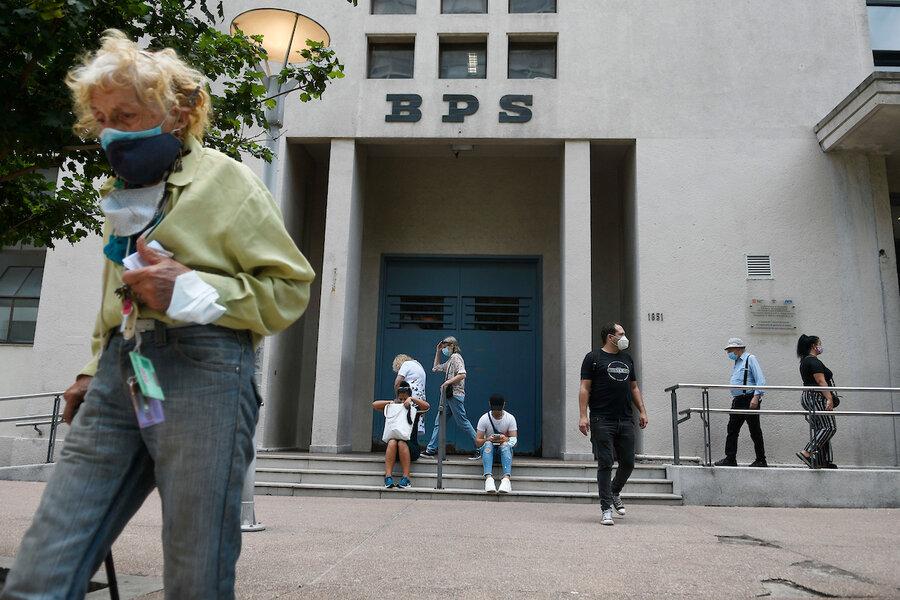 """imagen de Comisión de reforma ve con """"interés"""" una propuesta para asegurar un """"ingreso mínimo"""", uniendo """"retazos"""" del sistema previsional"""