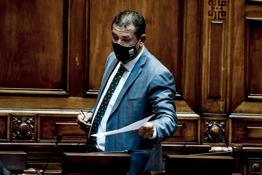 imagen de Senador Da Silva impulsa un proyecto para controlar las jaurías de perros