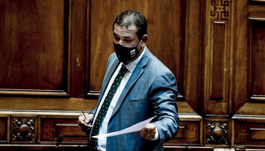 Senador Da Silva impulsa un proyecto para controlar las jaurías de perros