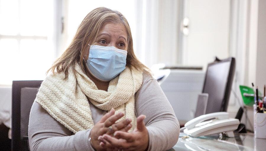 """Mientras rompe récords de ingresos, Enfermería busca cambiar la imagen de que son el """"personal doméstico del hospital"""""""