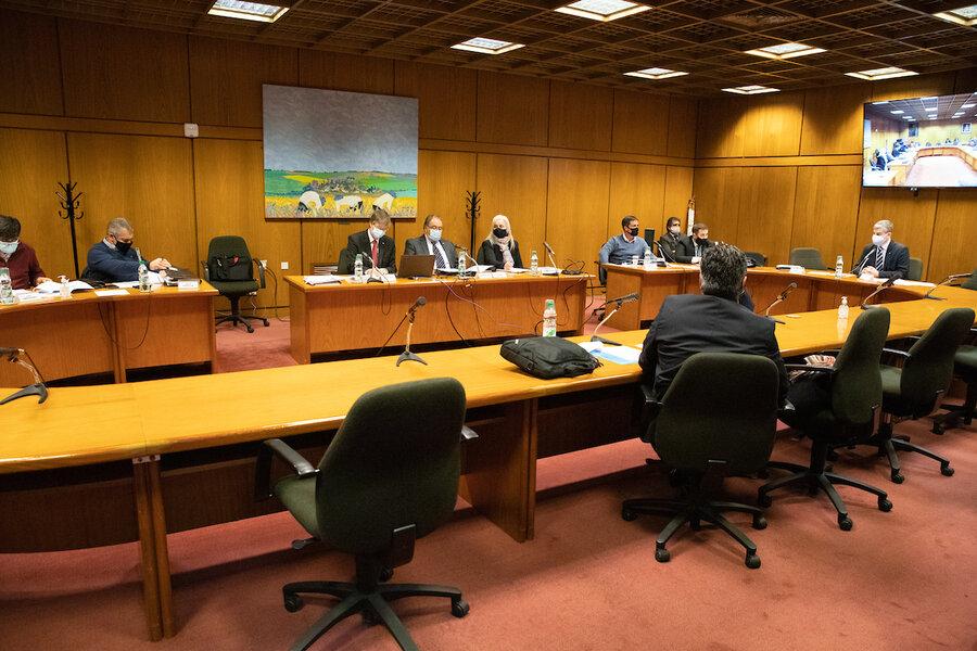 """imagen de Socios de Cabildo Abierto rechazan la propuesta de que la Corte Electoral controle la """"imparcialidad"""" de la información política en los medios de comunicación audiovisuales"""