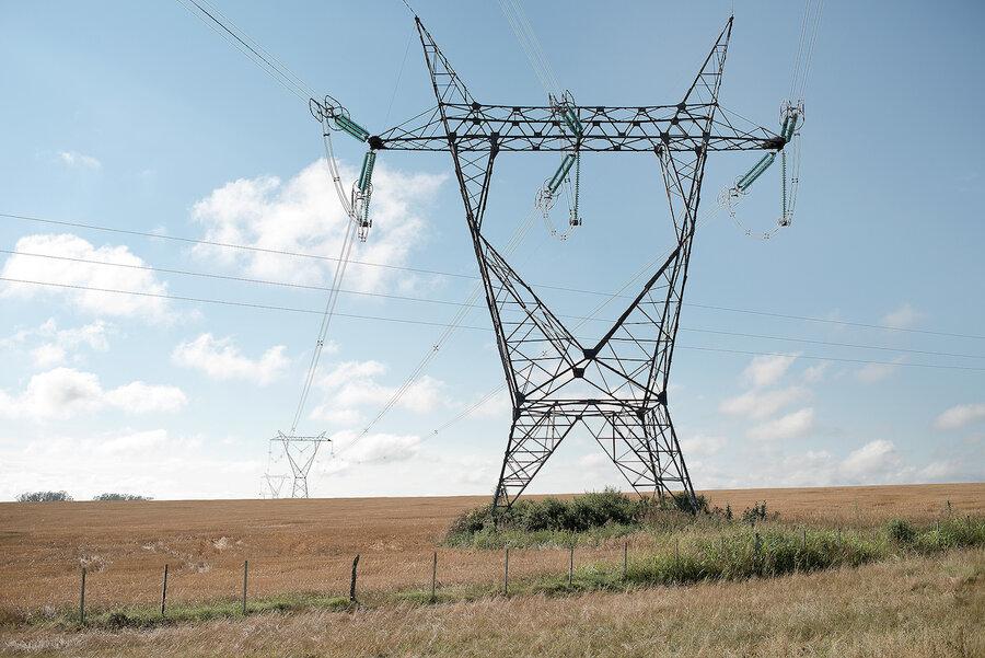 """imagen de """"Microcortes"""" en el suministro eléctrico asoman como un """"problema"""" para algunos sectores, como la electrónica"""