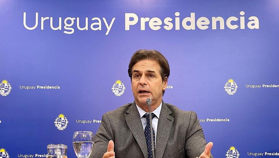 China acordó con Uruguay iniciar las negociaciones para alcanzar un TLC bilateral