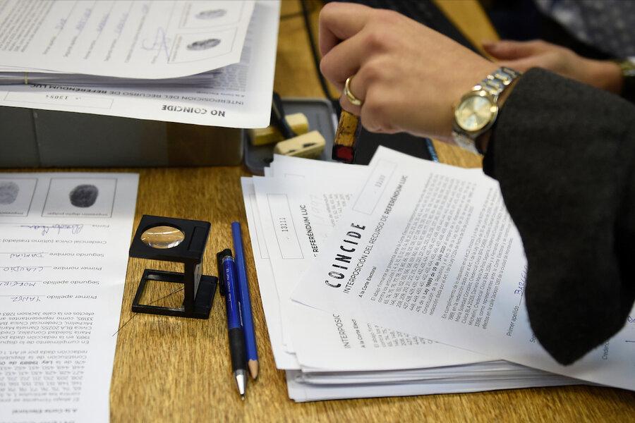 imagen de Votantes colorados son los más propensos del oficialismo a apoyar la derogación parcial de la Ley de Urgente Consideración, según encuesta