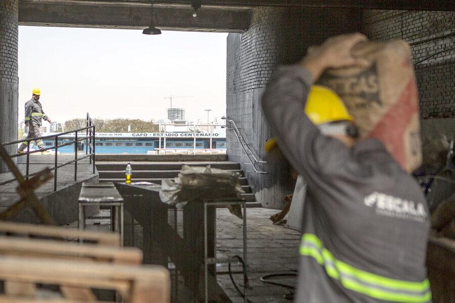 imagen de La Copa Libertadores trae millones de dólares, aeropuertos llenos, un Centenario resucitado y el peligro firme de los barras bravas