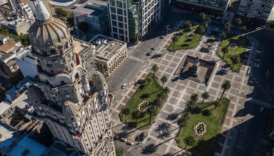 """imagen de Como proveedor internacional, la economía uruguaya se movió """"aguas arriba"""" dentro de las cadenas de valor"""